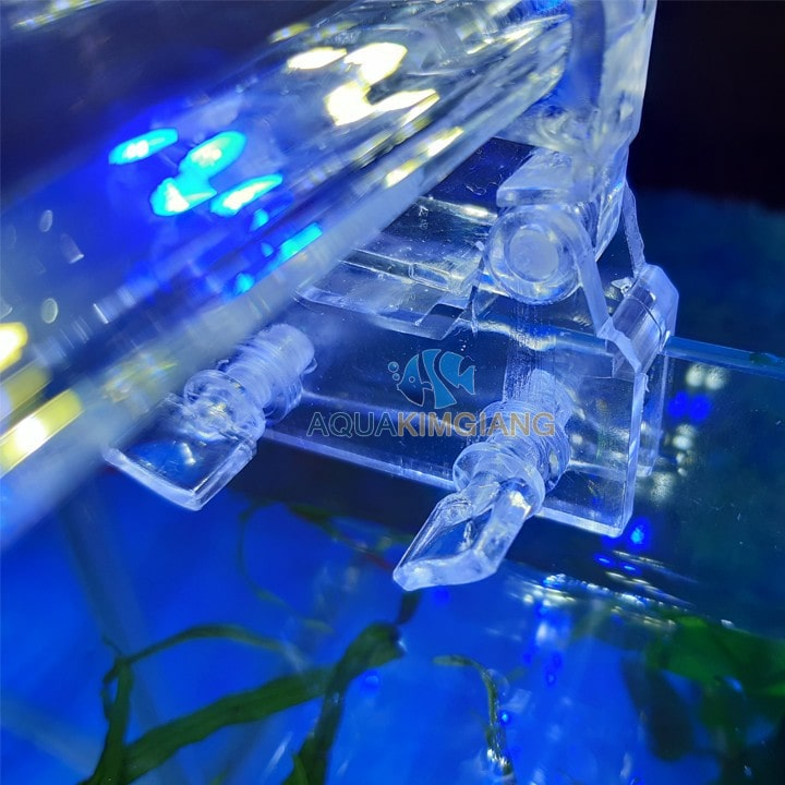 Đèn LED kẹp bể cá Xilong D30 sử dụng cho bể 35-45cm
